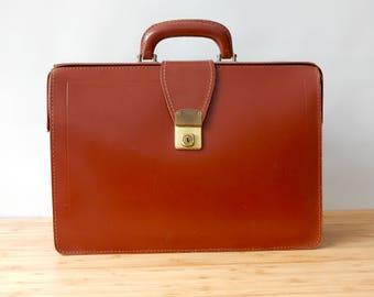 Vintage Brown Leather  Briefcase Attache Case  Drs Bag  Retro Vintage Cowhide Bag Old Case Vintage Luggage Vintage case.