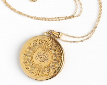 Vintage Monogrammed 12k Gold Filled Round Locket Pendant Necklace - Vintage 1940s Initials RCA Photograph Personalized WEH Co Jewelry