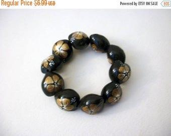 ON SALE Retro Chunky Painted Plastic Beads Bracelet 71017