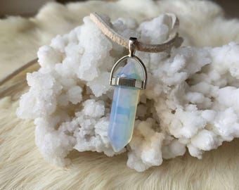 Opalite Point Suede Leather Choker