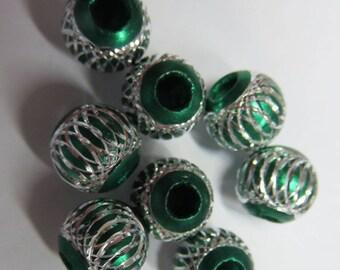 Silver filigree 8 mm green plastic bead
