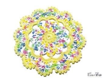 Yellow and Pastel Colors crochet coaster, sottobicchiere giallo e colori pastello all'uncinetto