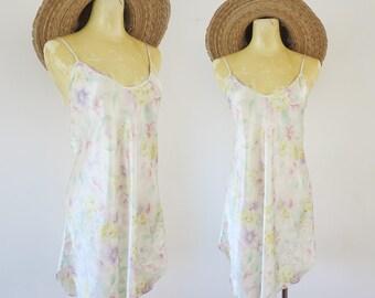 Vintage 90's White + Pastel Pink + Purple Boho Hippie Floral Silky Polyester Slip Mini Dress Size medium