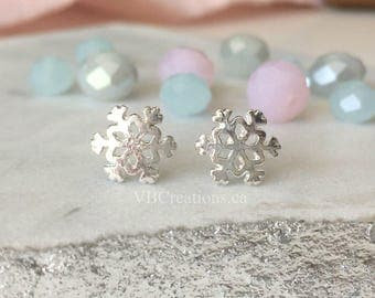 Snowflakes Earrings - Snowflake Jewelry - Winter Jewelry - Snowflakes - Christmas Jewelry - Christmas Gift - Mother Gift - Sister Gift - BFF