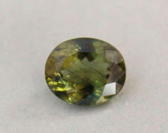 Gorgeous 4.97 Cts. Leaf Green Apatite Gemstone Oval cut loose gemstone for pendant