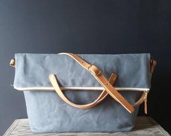 Waxed canvas foldover crossbody bag - Charcoal