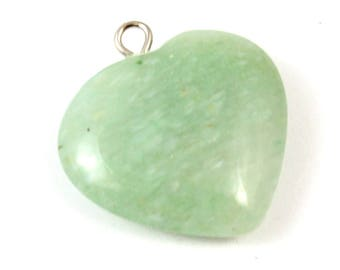 Green Adventurine Pendant. Green Heart Pendant. Green Stone Pendant. Stone Heart. Green Pendant for Jewelry. Adventurine Heart 23mm x 20mm
