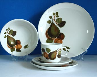 Johnson of Australia Dinnerware Set - Vintage Retro 60s Pears Fruits Pattern Teacups Saucers Plates - Made in Australia
