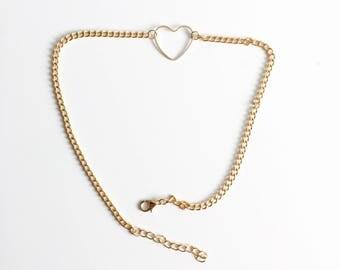 Chunky chain heart choker