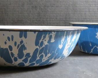Vintage Antique Graniteware Enamel Ware 2 Bowls Blue & White Swirl