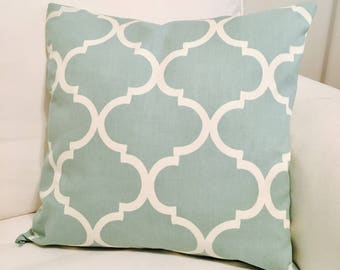 Lucky Leo Decor Teal and White 18x18 Pillow Sham with zipper