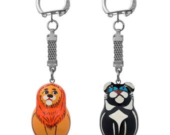 "1.75"" Set of Two Lion and Black Panther Animal Matryoshka Wooden Key Chains"