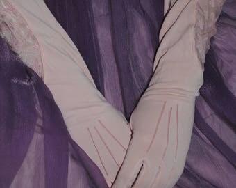 Pretty pink true vintage gloves