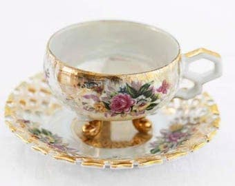 Large Lusterware White and Peach Versailles Style Teacup and Saucer, Gilded Decor, Reticulated Rim, elegant handle, 1960s