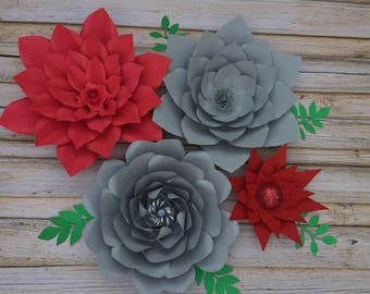 Set of 4 paper flowers
