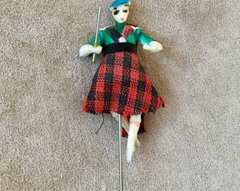 1930's Scottish Highland Figure Kilt Pin