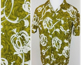 Vintage Green and White Malihini Hawaii shirt
