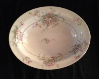 """Theodore Haviland New York 'Apple Blossom' 9"""" Oval Vegetable Serving Bowl with Rim & Gold Trim-Made in America; New Condition Vintage"""