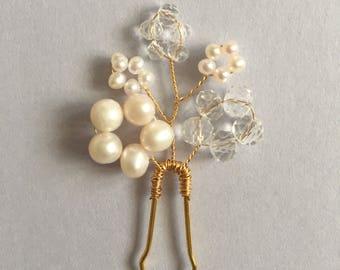 Bridal hair pin, bridesmaid hair pin,  gold hair pin, pearl hair pin