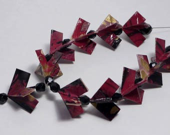 Black and Red origami hearts necklace