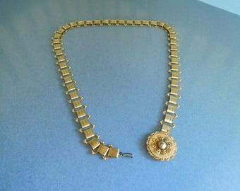Vintage Gold Tone Link Belt with Hanging Medallion from the 1980's