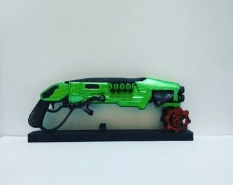 Gnasher Gears of War replica 3D printed 16 cm (6.2 in) or 8.4 in.