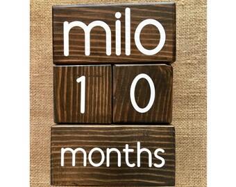 Baby Age Blocks / Pregnancy Countdown Blocks / Baby Countdown Blocks / Pregnancy Announcement / Nursery Decor / Baby Shower Gift