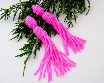 Beaded tassel earrings Bright Pink beaded earrings Fuchsia tassel earrings Oscar de la Renta Bright earrings Beadwork jewelry