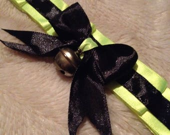 Green and black kitty collar
