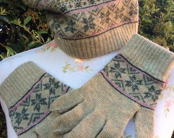 1940's Style Barbour Fairisle Hat and Glove Set