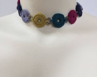 Choker in Jewel Tones