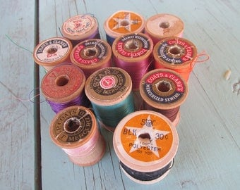 Vintage lot of thread wooden spools some with thread in them Coats and Clark's, more!