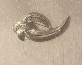 vintage Sarah Coventry large brooch Free Shipping