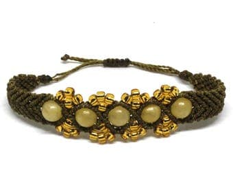Macrame bracelet with yellow and gold beads-Christmas gift idea