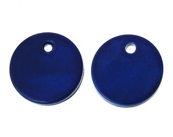 20 round 13mm sapphire blue colored shell charms