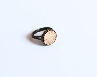 "Ring ""Ema"" mahogany wood - small size"