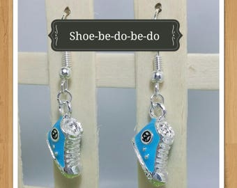 SHOES SNEAKERS EARRINGS
