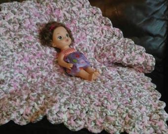 Plush Baby Girl's Pink and multiple colored blanket and Scalloped  for your newborn or also a pad to lay baby on the floor. It's that soft.