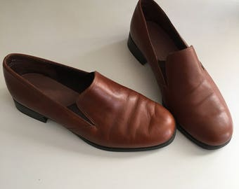 90s Brown Leather Loafers Size 6
