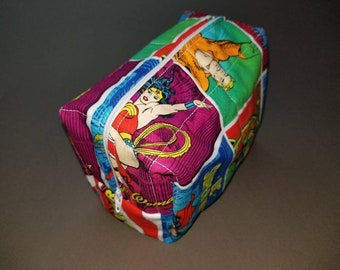 Justice League/Wonder Woman/Batman/Superman/Flash/Green Lantern/Aquaman toiletry/cosmetic/art supply bag