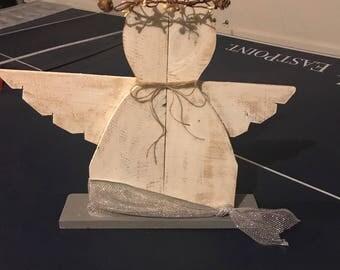 Pallet wood angels