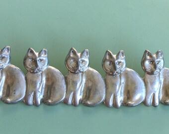 Vintage Figural 5 cats brooch