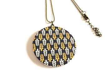 Wooden yellow and white spike pendant necklace - Bronze