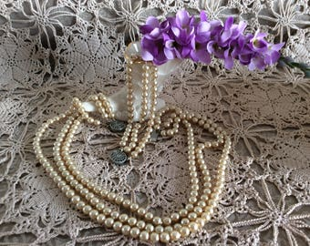 Vintage faux pearls and bracelet set 1940 Wear it or use it for craft