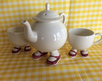 Price Kensington Walking Ware teapot and cups
