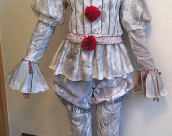 Pennywise the Clown cosplay costume from IT Stephen King