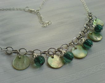 Necklace mother of Pearl shell pearls / Shell pearl shell necklace