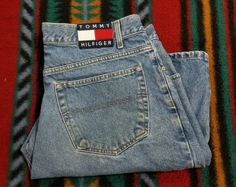 20%OFF Vtg 90s Tommy Hilfiger Jean Shorts | Vintage Retro Blue Red White Big Flag Hip Hop Fashion Patches | Mens 38 | TUFF