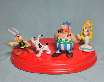 4. ancient figures of Asterix of Uderzo and Eura Spain, rubber pvc years 80s.
