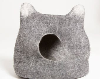 Natural Felted Wool Cat Cave Bed - Cat Head Design - Wool Pet Bed